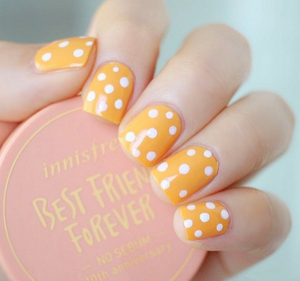 Honey Polka - The Fab Nails