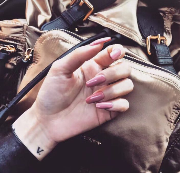 Lovely Darling - The Fab Nails