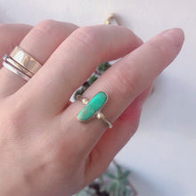 Load image into Gallery viewer, Chrysoprase Oval Solitaire Ring