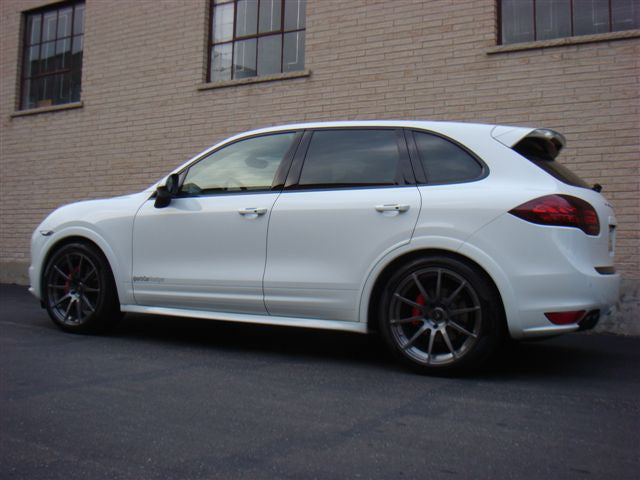 Porsche Cayenne - Shop Car