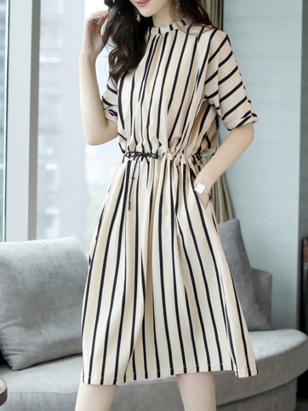 Round Neck  Elastic Waist Patch Pocket  Striped Skater Dress