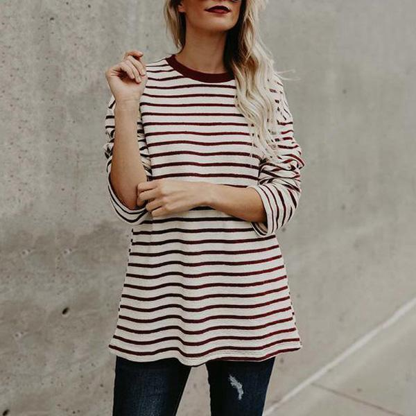 Red And White T-Shirts With Round Collars And Long Sleeves