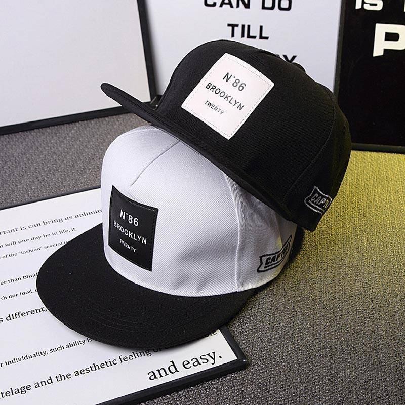 Est. 1986 Brooklyn Snapback  -  Black / Adjustable  -  Baseball Caps  - SNS Outlet