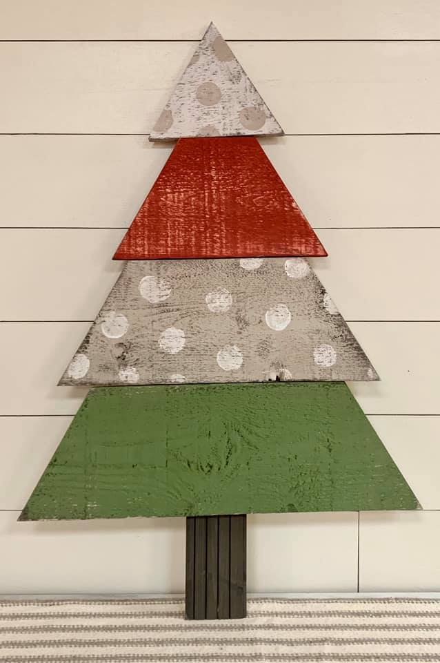 Rustic Chic Wood Christmas Tree- TUESDAY DECEMBER 3 - GooeyGump Designs