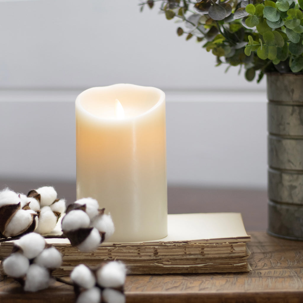 "Moving Flame Pillar Candle, Ivory (5"")"