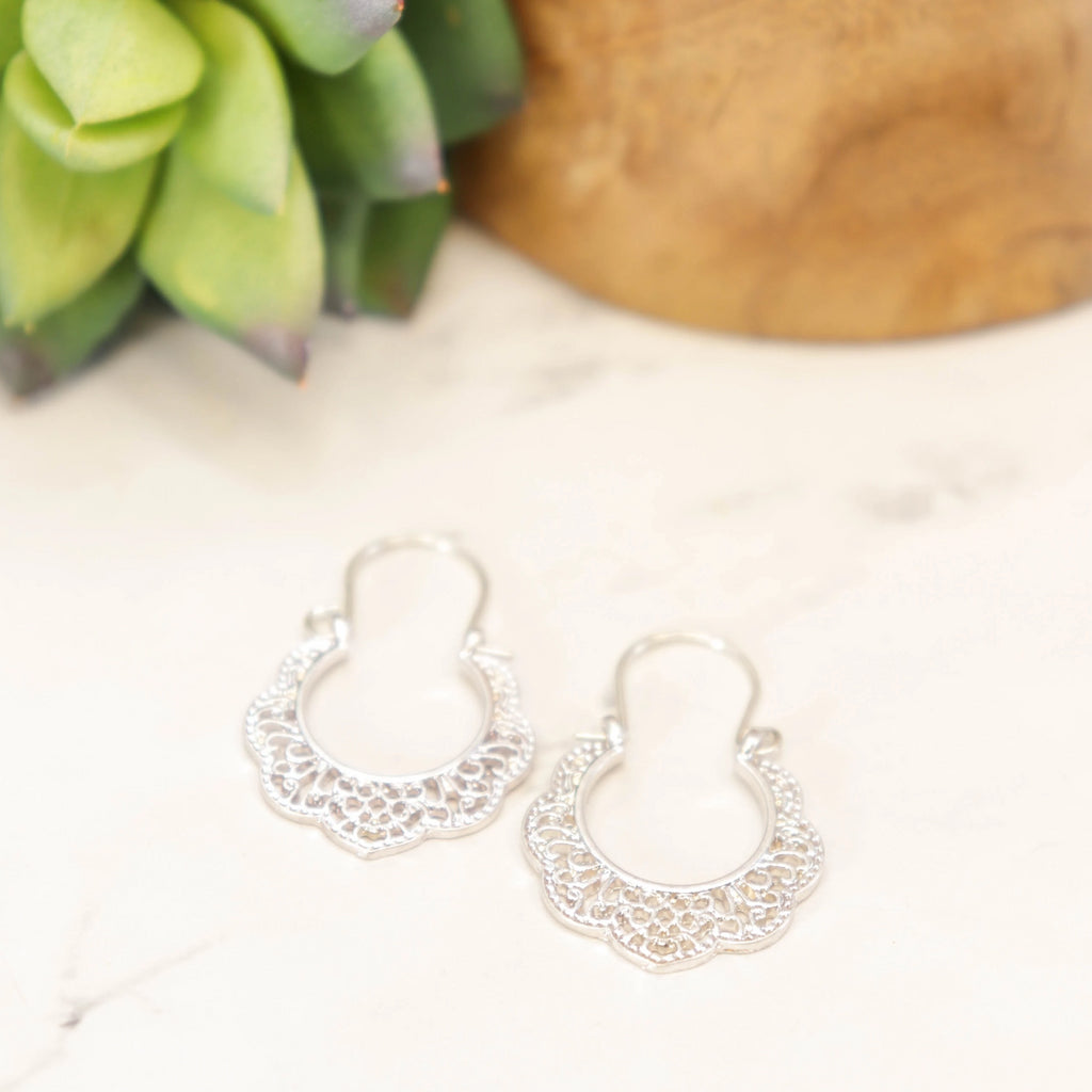 Silver metal doily earrings