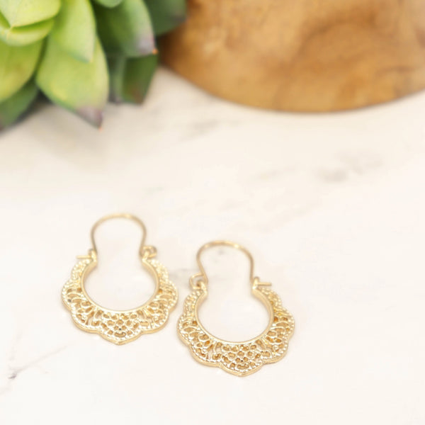 Gold metal doily earrings