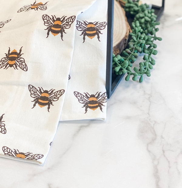 Bumble bee towel
