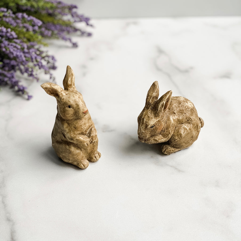 Set of two small bunnies