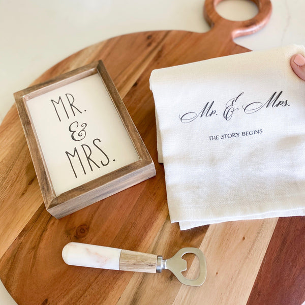 """Mr & Mrs"" sign"
