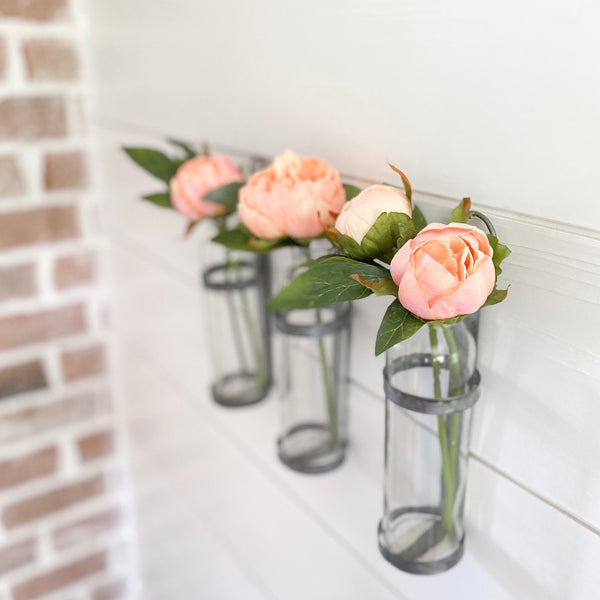Simple tin wall vase glass bottle