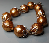 Apple of My Eye - Vintage Resin Bronze Pearl Necklace