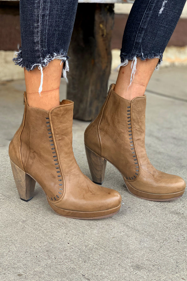 Hara Boot - Taupe Peppe