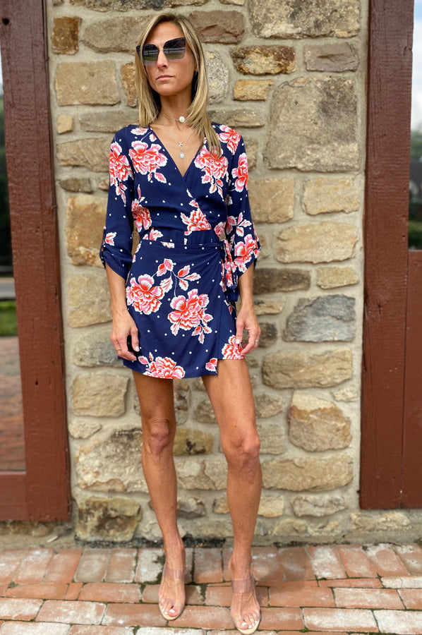 In The Moment Romper - Navy Floral