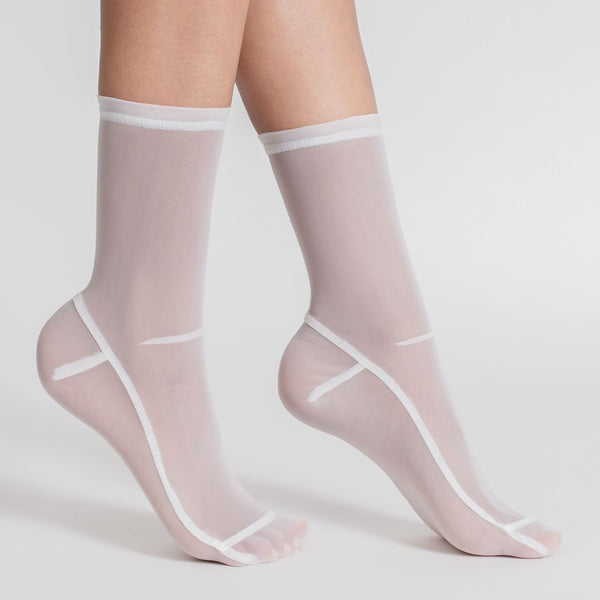 Solid Mesh Socks - White