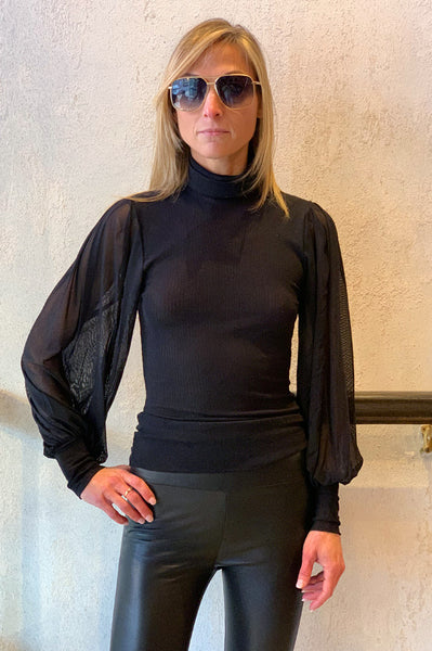 Flare Sleeves Turtleneck - Black