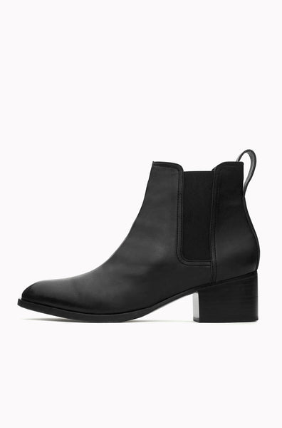 Walker Boot - Black