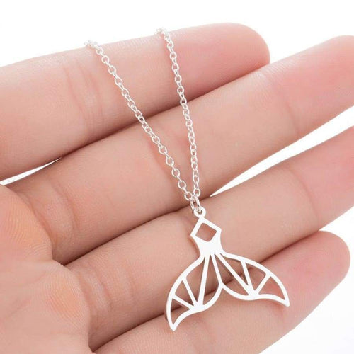 Whale Tail Necklace (Origami Style)