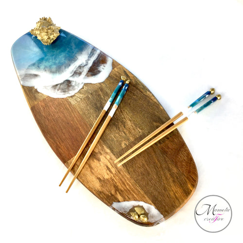 Serving board and matching chopsticks in Hawaiian ocean beach theme resin art - MamotaCreative