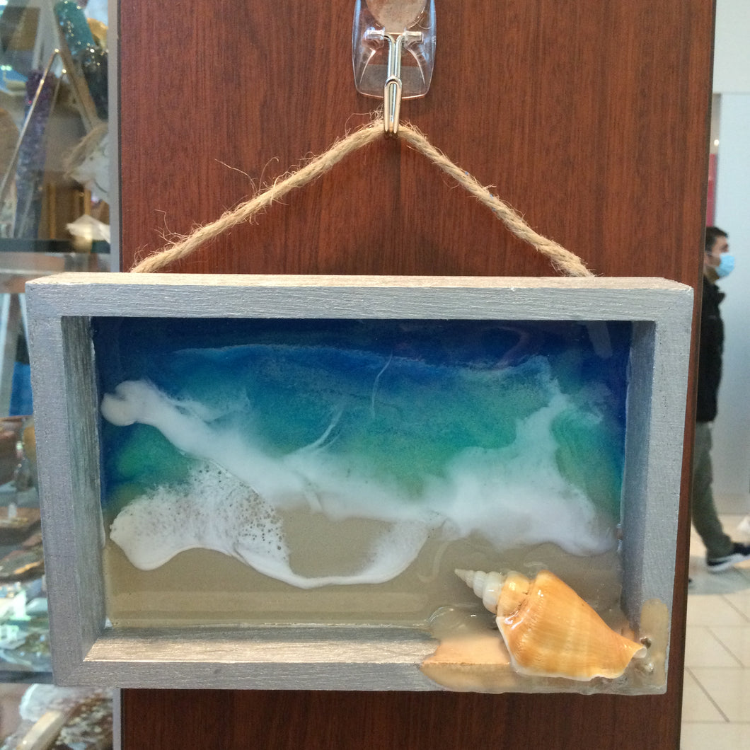 MINI OCEAN WALL HANGING DECOR WITH RESIN ART