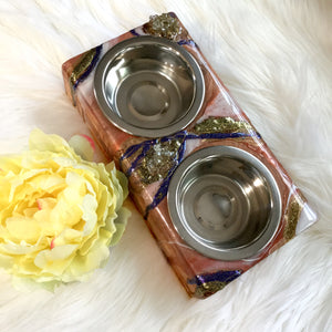 SMALL ELEVATED DOUBLE STAINLESS STEEL BOWL PET FEEDER IN RUSTY COLORS