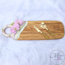 Load image into Gallery viewer, Orchid Resin Cheese Board on Olive Wood with Matching Bowl and Spoon Rest Set - Mamota Creative