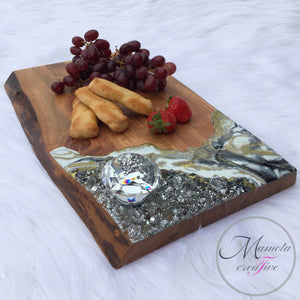 Resin Geode with Crystals Cheese Board - Mamota Creative