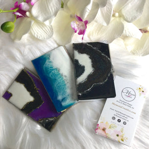 Business card cases with resin art in various styles - Mamota Creative