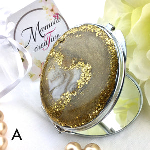 Champagne and gold design resin art on compact mirror - Mamota Creative