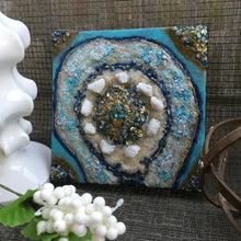 Load image into Gallery viewer, Light blue textured mini resin geode - Mamota Creative