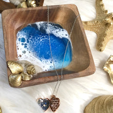 Load image into Gallery viewer, Wooden ring dish with resin beach art and gold shells - Mamota Creative