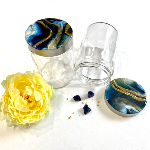 Set of two canisters with engraved cracks and blue geode toppers - Mamota Creative