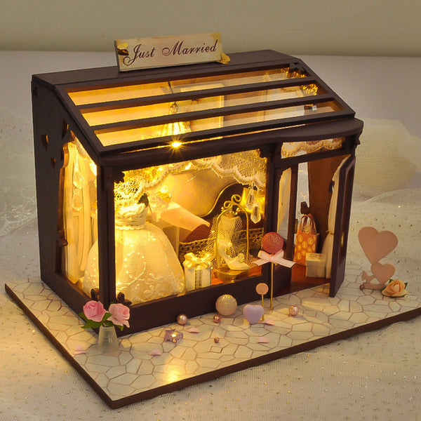 DIY Dollhouse | Oh Flower | Wooden Miniature House | DIY Kit