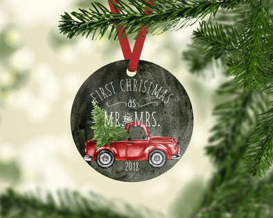 Christmas Truck Ornament (CO1032)