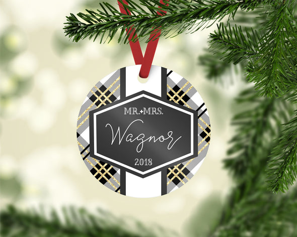 White and Gold Plaid Ornament (CO1035)
