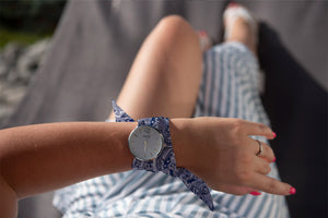 Blue Bandana Pattern Classical Woman's Analog Scarf Watch