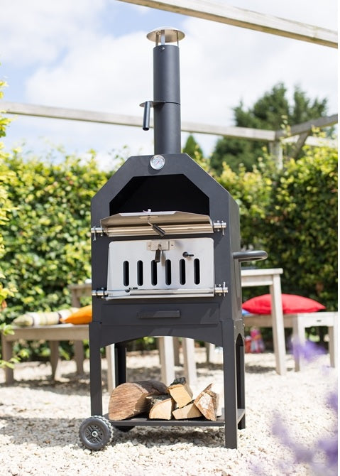 La Hacienda Lorenzo Pizza Oven and Smoker