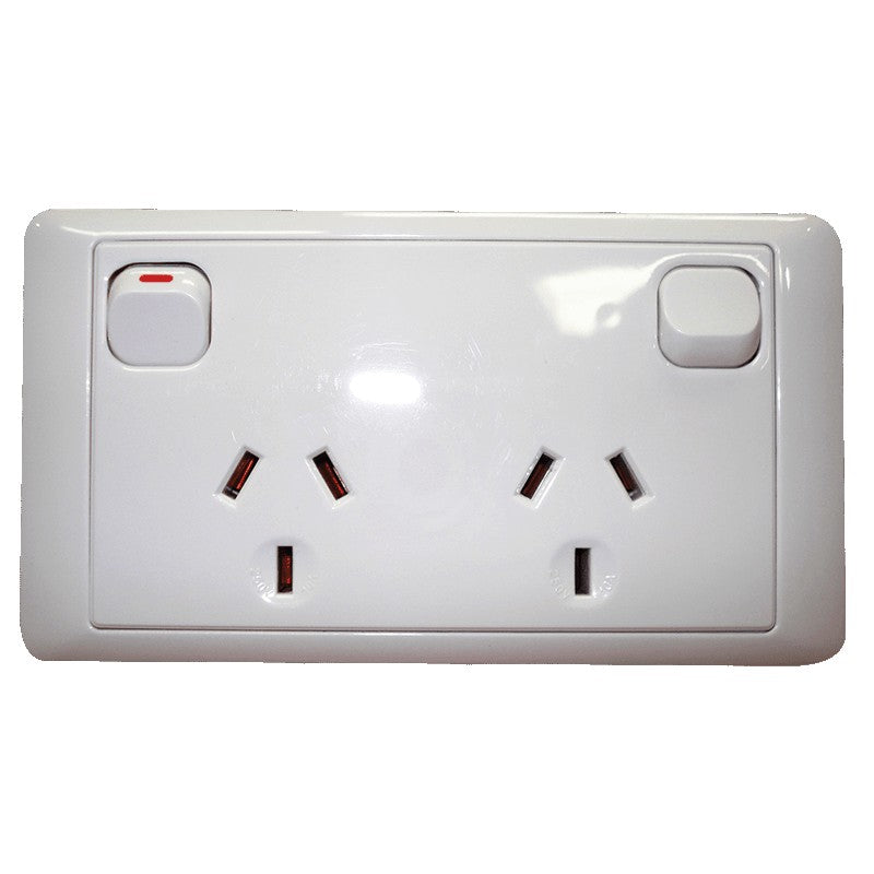 CMS DOUBLE WHITE 10AMP POWER OUTLET W-20AMP INSTALL COUPLERS for Caravan 240 electrics CMS