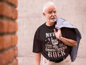 Never To Old To Rock | Premium Unisex-T-Shirt | Rock'N'Shirt