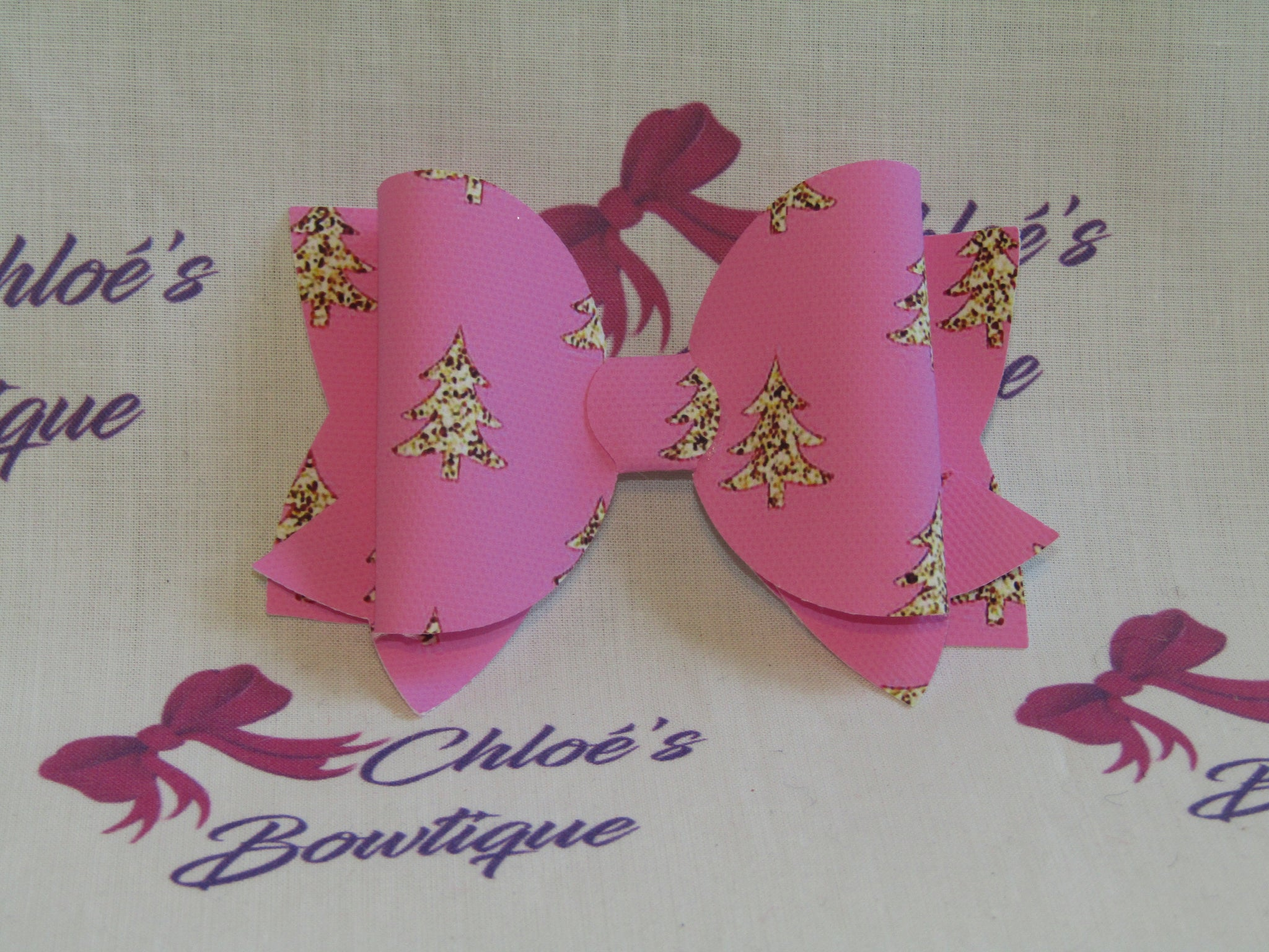 Pink Christmas Tree Clip