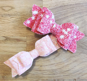 Red Snowflake & Pink Lace Clip Set