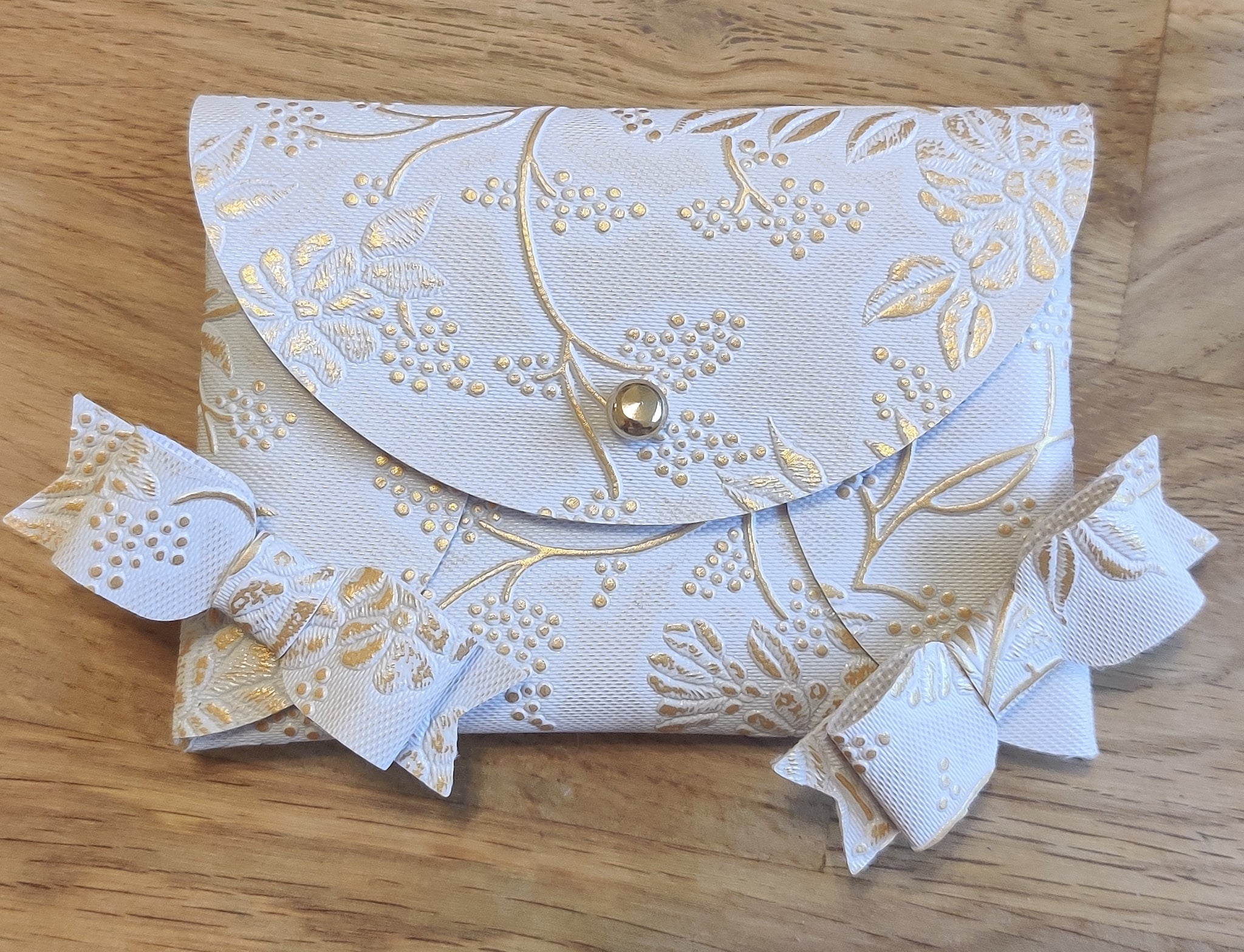 Gold Embossed Purse & Mini Bows