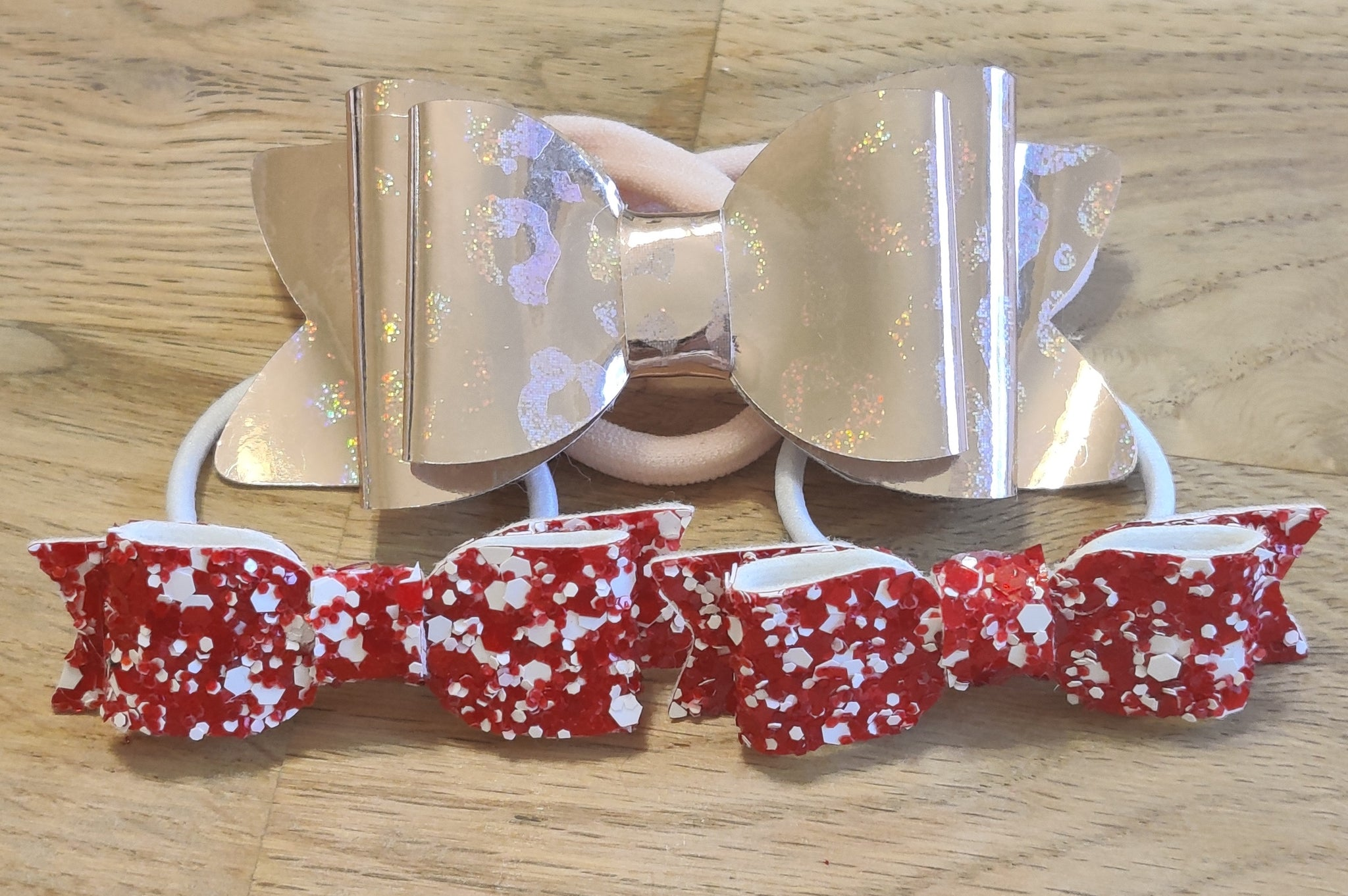 Rose Gold Leopard Elasticated Headband & Red Glitter Mini Bows