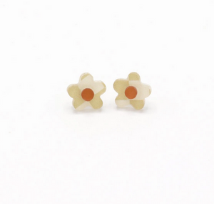 Medium Daisy Studs- Assorted Colours