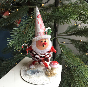 Cottage Ind- Gnome with Candy cane and Toadstool, Red