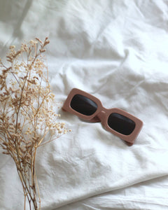 GRACE · SUNNIES