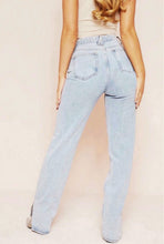 Load image into Gallery viewer, Cali Baby Jeans - Light Wash