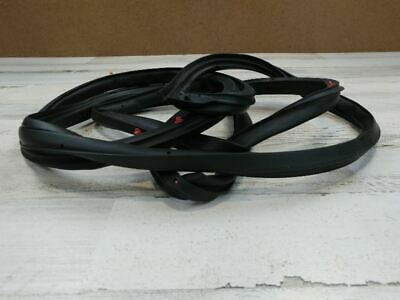2014 HYUNDAI ELANTRA FRONT RIGHT DOOR MOUNTED WEATHER STRIP SEAL OEM 63007