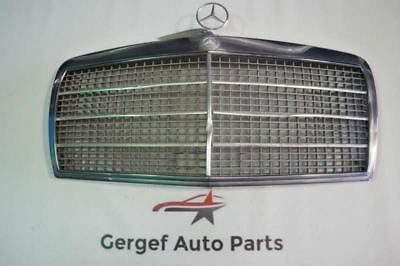 1982 82 MERCEDES 380 SEL FRONT GRILL WITH EMBLEM 1268880023 X3357