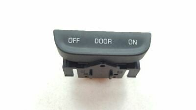 2014 2015 CHEVY IMPALA Overhead Console Reading Dome Lamp Switch OEM 27121